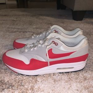 Nike Air Max 1 Anniversary Red Sneakers